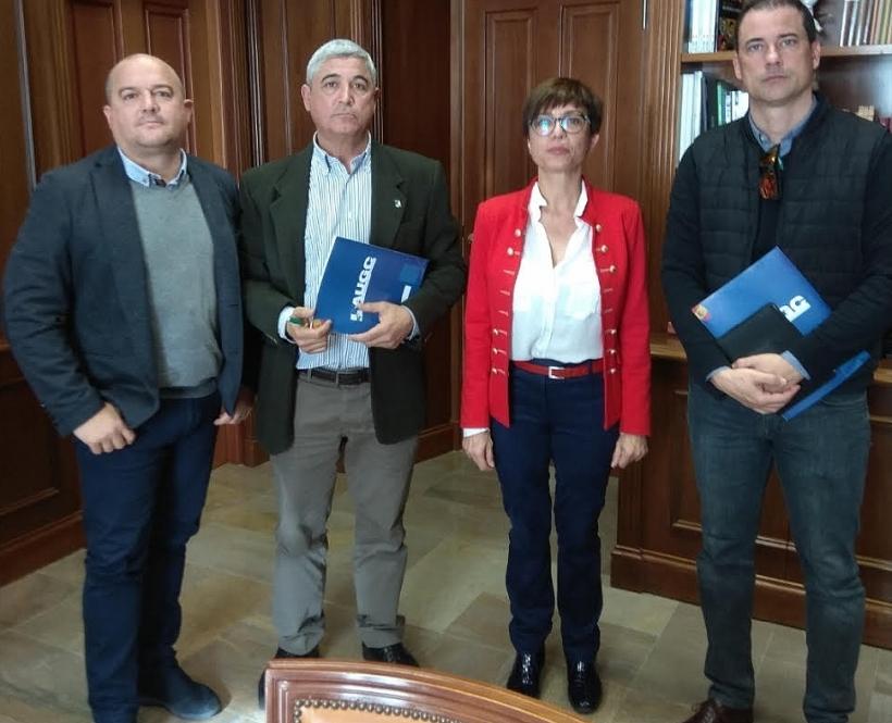María Gámez, nueva directora general de la Guardia Civil, durante una reciente reunión mantenida con representantes de AUGC Málaga.