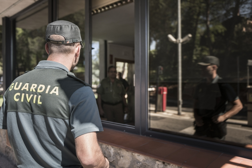 La Dirección General no puede regular normas que afecten a los guardias civiles sin contar con las asociaciones profesionales que les representan legítimamente.